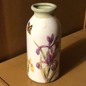 """Other - Floral bud vase White Butterflies Iris  6"""" tall"""